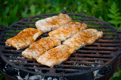Dünnes Fleisch auf dem Grill - die perfekte Grilltemperatur