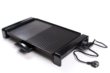Elektrogrill: Modell mit geschlossener Grillplatte