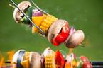 Gemüse-Spieße kalorienarm grillen